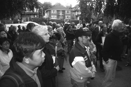 Norquay residents and supporters rally at City Hall in September 2007