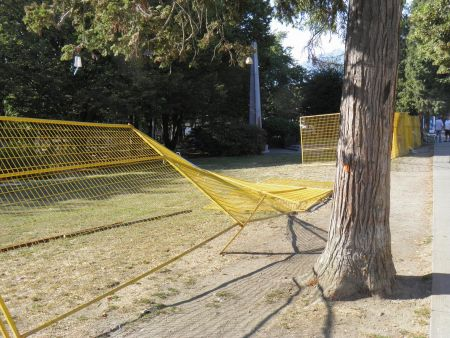 Grandview Park Fence Taken Down Again