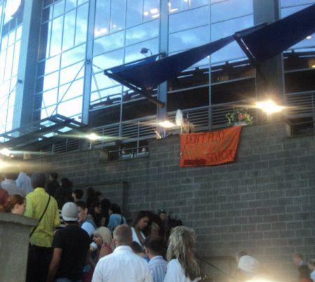 Lady Gaga Parking Lot Party Vancouver Aug 23 2010: say no to SB 1070 Boycott Arizona