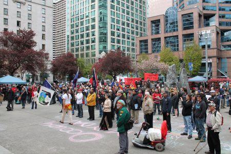 Leftist community unite on May Day at VAG