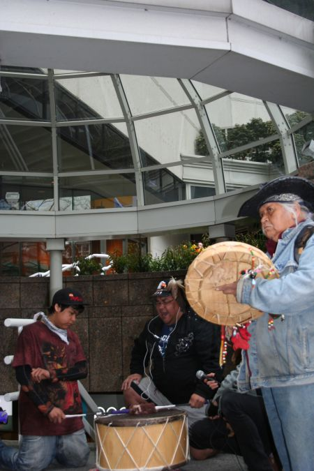 Dozens of Indigenous Nations publicly oppose the proposed Enbridge pipeline project; no First Nation has expressed its support. Vancouver, March 22, 2011. Photo: Sandra Cuffe