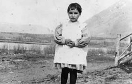 Children who attended and died at Métis residential/boarding schools excluded from Settlement Agreement, apology, federal recognition. Photo credit: Archival photo from the Métis Nation website