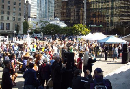 Crowd of over 200 at Vancouver Art Gallery
