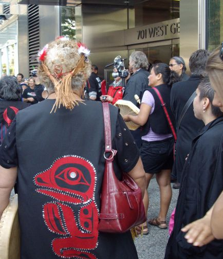 Frog clan represented at salmon rally