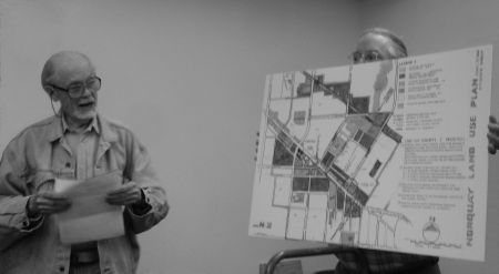 Community Working Group presents its plan to city planners in July 2009