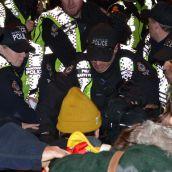 De-arrest at police line
