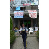 Cops stymied - demoviction protesters demand talks with Burnaby Mayor