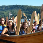 Canoes arrive at Whey-Ah-Wichen