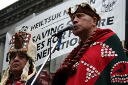 Heiltsuk Nation elder Edwin Newman addresses rally against oil pipelines and tanker traffic. Vancouver, March 26, 2012. Photo: Sandra Cuffe