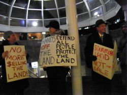 Squamish Voices Protest Aboriginal Land Management Forum