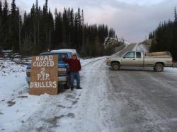 Roadblock which prevented PTP and drillers from entering Unistoten territory